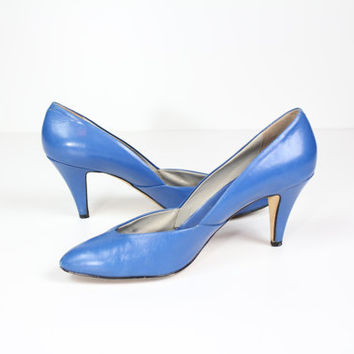 Size 8 Italian blue leather pumps / high heels / blue heels / almond toe heels /  made in Italy / size 8 shoes / leather pumps