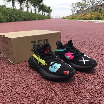 Aidas YEEZY BOOST 350 V2 Graffiti Men Women Sneaker