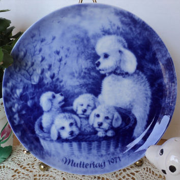 Mother's Day Plate 1971 Poodles German Muttertag Mother Poodle with Basket of Puppies Cobalt Blue Decorative Plate Made in West Germany