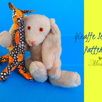 Giraffe Stuffed Toy PDF sewing PATTERN // Felt Softie // Plush toy // Nursery decor // Baby Kids art // Kids room decor