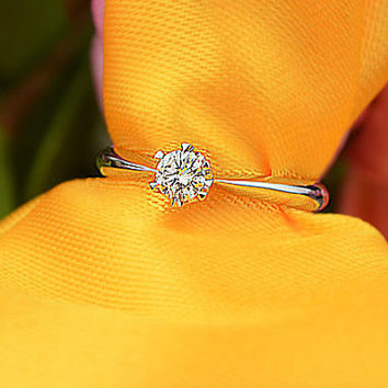 18k White Gold Diamond Engagement Ring Wedding Ring Diamond Ring Classic