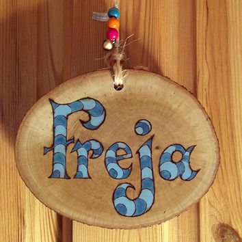 Childrens Name Sign, Room Sign. Personalised custom wooden sign, Wood Burning design. Nursery, Name Plaque, Child's room decor, new baby, uk