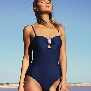 Cupshe Simple Style Solid One-piece Swimsuit