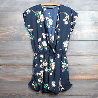 short sleeves floral romper in navy