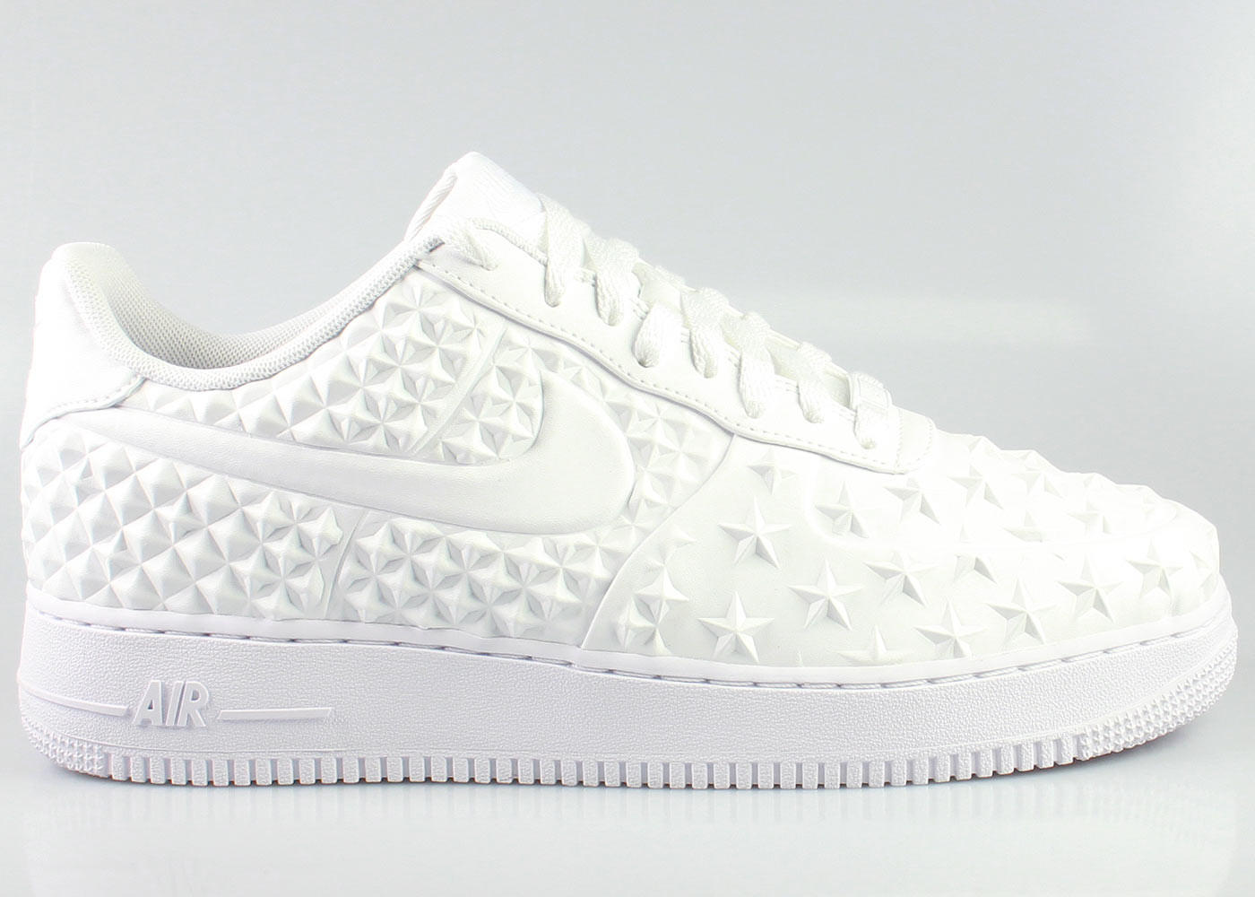 Nike Men s Air Force 1 Low LV8 VT Independence Day Pack - White 7a9c91740c5d