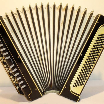 MIGMA  Accordion Button Chromatic Accordion Concert German Bayan  Accordian 3 Row 100 bass   Musical Instrument 176