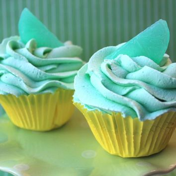 Lime Margarita Cupcake Fizzie on Luulla