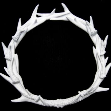 Antler Wreath - Deer - White
