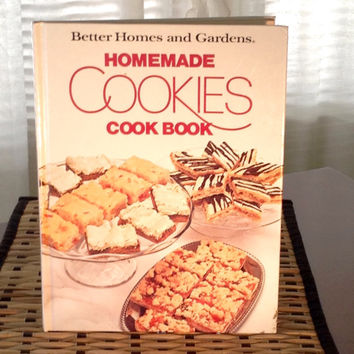 Homemade Cookies Cook Book Published in 1985, Vintage Better Homes and Gardens Cook Book, Cookie Recipes, Bar Recipes, Christmas Baking