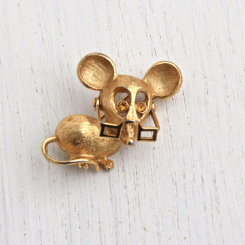 Vintage Mouse with Glasses Pin - Gold Tone Signed Avon Figural Brooch, Moveable Specs Rhinestone Eyes Costume Jewelry / 1973 Spectacular