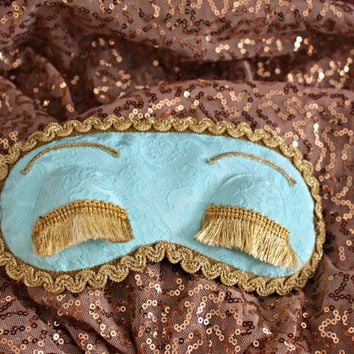 Breakfast at Tiffany's sleep mask – Audrey Hepburn night eye mask – Holly Golightly eye pillow with eyelashes – Soft sleep blindfold