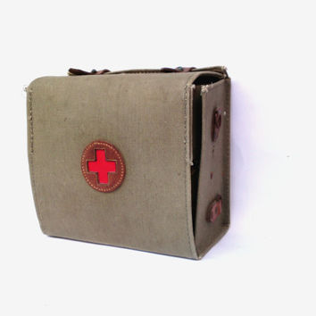 Vintage red cross medical bag waxed military army canvas bag soviet green first aid box authentic doctor nurse medical bag medical supplies