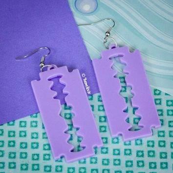 Heart Razor Lavender Earrings