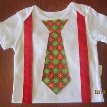 Baby Christmas outfit, Boy red suspender outfit, Boy christmas outfit, Boy red green tie onsie, boy Christmas neck tie outfit