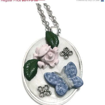 Flower Butterfly Cameo Polymer Clay Pendant Necklace, Charity, Kawaii Charm, 3D Jewelry, Pastel, Metal Setting