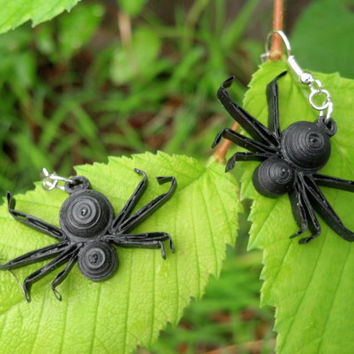 Halloween Spiders Jewelry Set Eco-Friendly Paper Quilled Earrings & Necklace Pendant - black spiders, Halloween jewelry, spider jewelry set