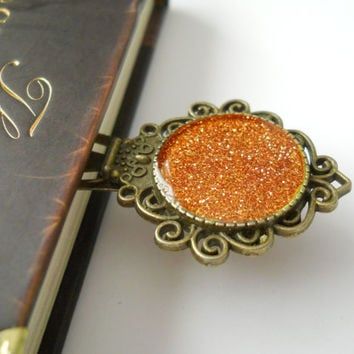 Glitter bookmark, antique bookmark, resin bookmark, copppery  bookmark, antique brass sparkling bookmark, book lover gift, readers gift
