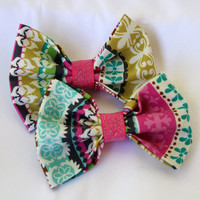 Carly Clip-On Bow