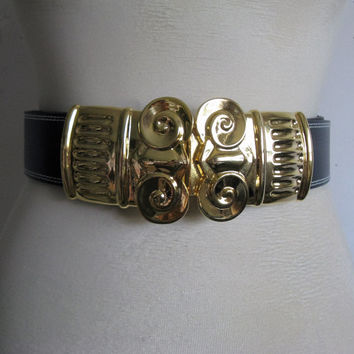 Vintage Escada 80s Black Belt Ram Heads Gold Buckle 1980s Leather Belt Ceinture en Cuir Womens Med-Lrg