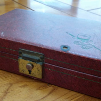 Vintage Maroon Faux Leather Men's Locking Travel Jewelry Box With Red Velvet Inside Top Hat Cane and Gloves Embossed on Outside
