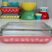 Pyrex Pink Daisy space saver!! Rare JAJ Pyrex lidded baking dish! ReTrO KiTcHeN!