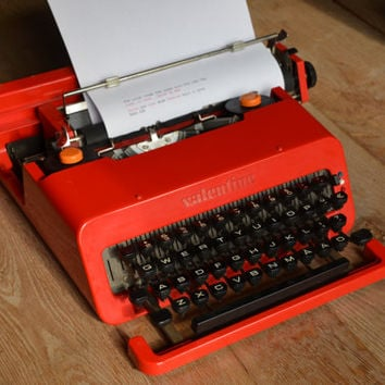 RARE SWEDISH Olivetti Valentine - Beautiful Red - Working Typewriter