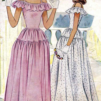 1940s Juniors Formal Prom Dress, Homecoming Dress, Party Dress, Evening Dress Vintage Sewing Pattern, McCall 6547 bust 33""