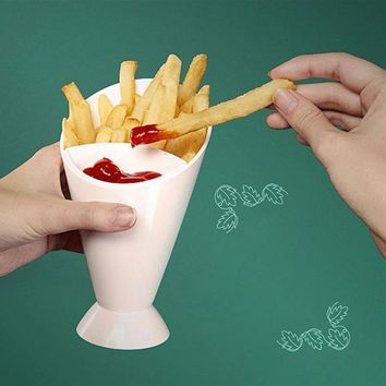 1PC French Fry Chips Bowl Salad Dipping Cup Cone Assorted Sauce Ketchup Jam Dip Cup Kitchen Potato Tool 6.6*4*3 W25
