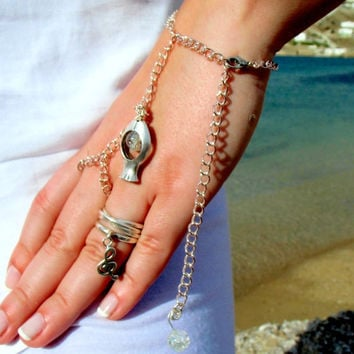 Slave Bracelet Hand Bracelet Piece Hipster, Bohemian Mother Pearl Beads, turquoise Chain Hand Ring Jewelry