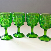 Vintage Lime Green Water Goblets, Thumbprint Circle and Diamond Pattern , Frilled Foot Pressed Glass