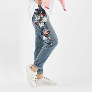DCCKL3Z Chicanary Floral Embroidered Mom Jeans Women High Rise Bleach Cropped Straight Denim Pants