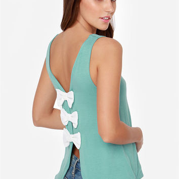 Back Bow Sleeveless Tank Top