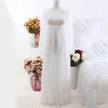 2017 Chiffon Nightgown Women's Long Pijamas Princess Sleepwear White Nightshirt Long Robe home sleep dress vintage B4005