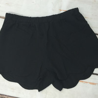 Solid Scallop Shorts