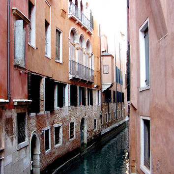 Venice Wall Art / Italian Wall Decor - Venetian Canal Photograph / Photography - Venetian Canals / Framed - Canvas - Venice Photography