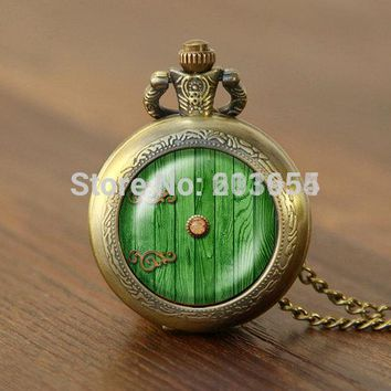 New movie hobbit door hole cozy bilbo baggins lotro quartz Pocket Watches 1pcs/lot Necklace locket steampunk toy cosplay 2018