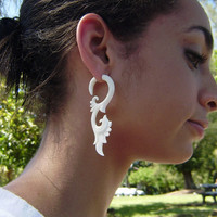 Fake Gauge Hand Craved Natural White Bone Split Gauge Earrings Flowing Tribal