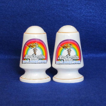 Vintage Never Used 1984 USA OLYMPICS Los Angeles Rare Collectible Graphic Salt And Pepper SHAKERS