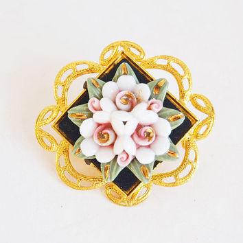 gold brooch with porcelain flowers, porcelain flowers, vintage brooch, woman gift, collection brooch, gold jewelry,