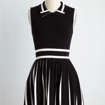 Tap Into Your Expertise Dress | Mod Retro Vintage Dresses | ModCloth.com