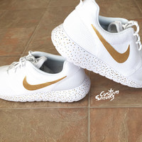 Womens Custom Nike Roshe sneakers, Roshe Run. Tribal like pattern, White and Gold with black splatter, Classy design, trendy and chic