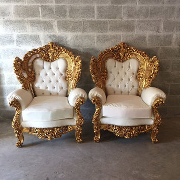 Throne Gold Chair Settee Antique Italian Baroque 2 Availab Bergere Sofa Settee Gold Leaf White Leather Tufed Crystal Button Rococo Lou