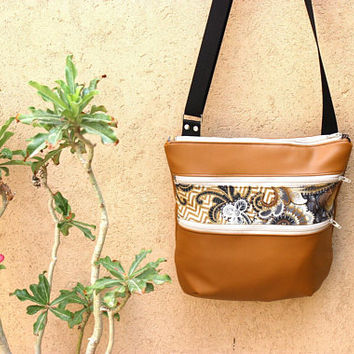 brown vegan leather crossover bag - zippered crossbody bag for women - everyday purse - brown cross body purse - medium cross over bag