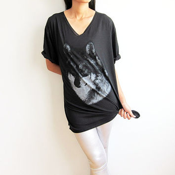 Wolf Wolves Animal Shirt Women V Neck T Shirt Black Tshirt Size M