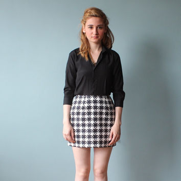 houndstooth ultra mini / black and white skirt/ 1990s/ xs - small
