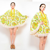 Floral Poncho 70s Cape Draped Tassel Fringe Top 1970s Hippie Fringed Shawl Ivory Green Yellow One Size OS