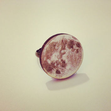 Yellow Full Moon Ring  by RabbitJewellery on Etsy