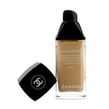 Chanel Vitalumiere Fluide Makeup # 20 Clair Make Up