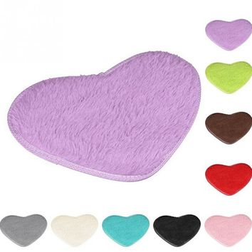 1PC 40x30cm  Heart Shape Carpet Anti Slip Bedroom Rug Carpet Floor Bath Mat Door mat Home Decor