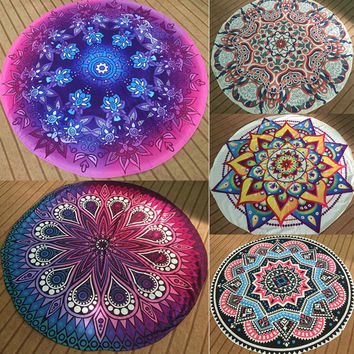 Round Mandala Indian Tapestry Wall Hanging Bohemian Tapestry Yoga Mat Beach Picnic Throw Towel Wrap Rug Blanket Home Decor